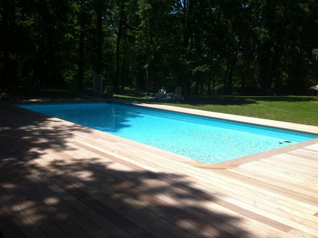 Terrasse ipe mont de marsan renovation piscine terrasse for Renovation piscine