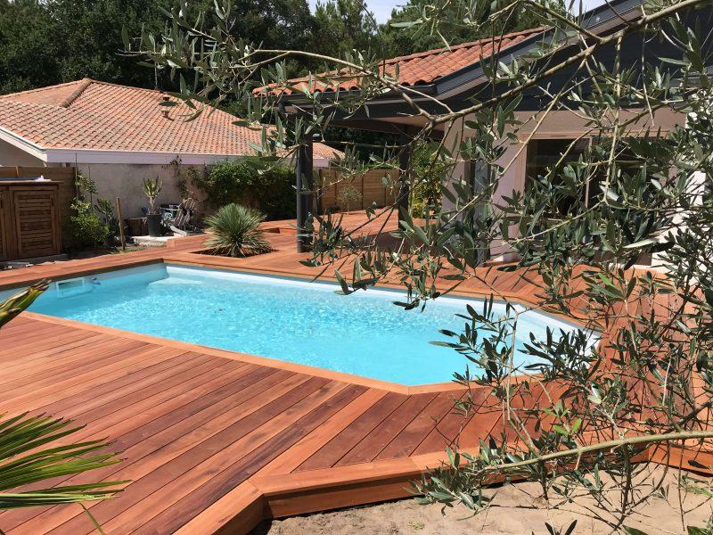 terrasse en bois Muiracatiara à Capbreton pour une piscine
