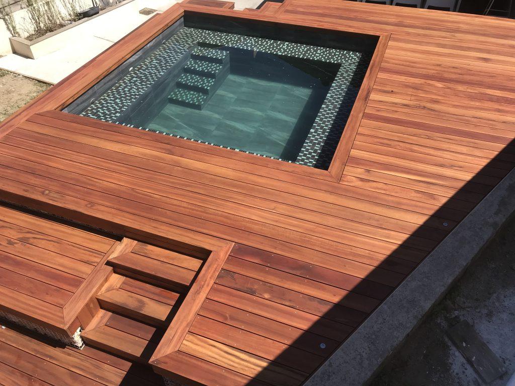 Aménagement d'une terrasse autour d'une piscine hors-sol sur la commune d'Anglet (64600)